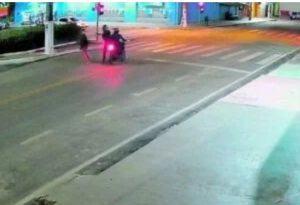 Câmera flagra execução em praça pública de Marabá