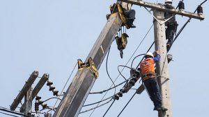 Proibição de corte de luz e água no fim de semana é aprovada