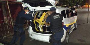 Guarda Municipal faz rapa em guardadores de fila da Caixa