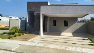 Casa com 3 dormitórios à venda
