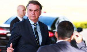 Bolsonaro cobra Helder: 'Demos mais de 10 bilhões pra vocês, pra onde foi esse dinheiro?