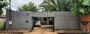 Casa C/ Sala, cozinha, wc social, 02 quartos, área de serviço e garagem