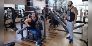 Tião sanciona lei que reconhece atividade física como essencial