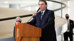 Bolsonaro afirma que fará uma revelação 'bombástica' em breve