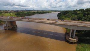 DNIT interdita velha ponte do Rio Itacaiunas para reparos, em Marabá