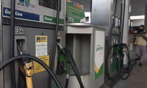 Bolsonaro anuncia redução no valor do PIS/Cofins cobrado no diesel